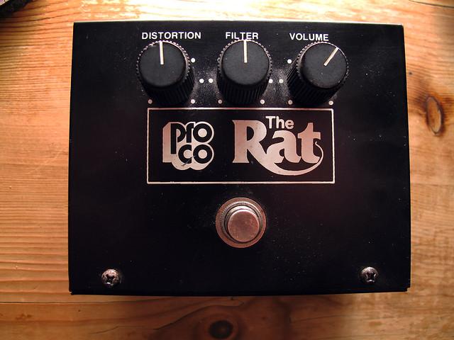 Modèle ancien de RAT, contentant les anciens composants